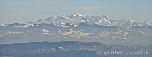 Aussicht vom Uetliberg auf den Säntis in der Ostschweiz.